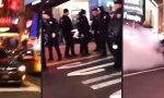 Mercedes AMG vs Cop im NYC Times Square
